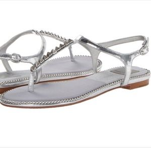 DOLCE VITA ensley silver thong sandal T strap 7